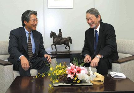 左)竹田恆和JEF副会長 右)米山順JEF副会長
