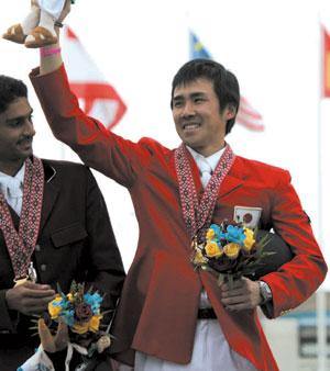 アジア競技大会総合馬術個人金メダルの大岩義明選手
